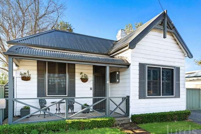 41 Maitland Street, Branxton NSW 2335