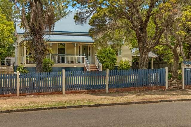 198 Campbell Street, Newtown QLD 4350