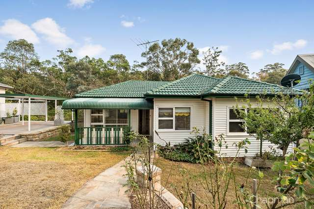 18 Catherine Crescent, Blaxland NSW 2774