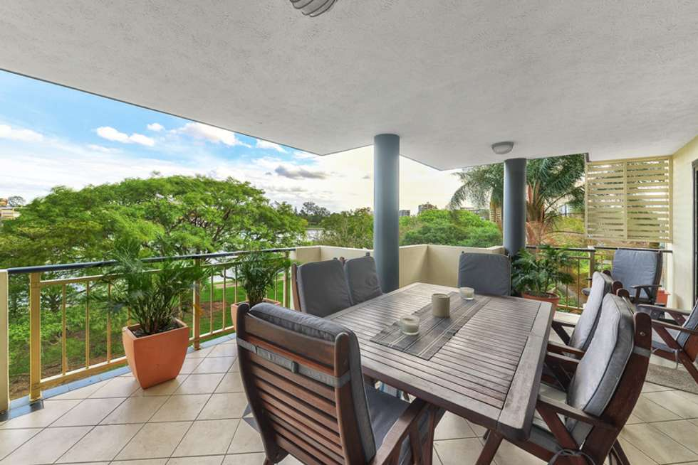 Second view of Homely apartment listing, 23/118 Oxlade Drive, New Farm QLD 4005