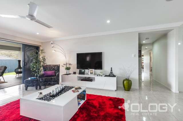 12 Skyline Drive, Norman Gardens QLD 4701