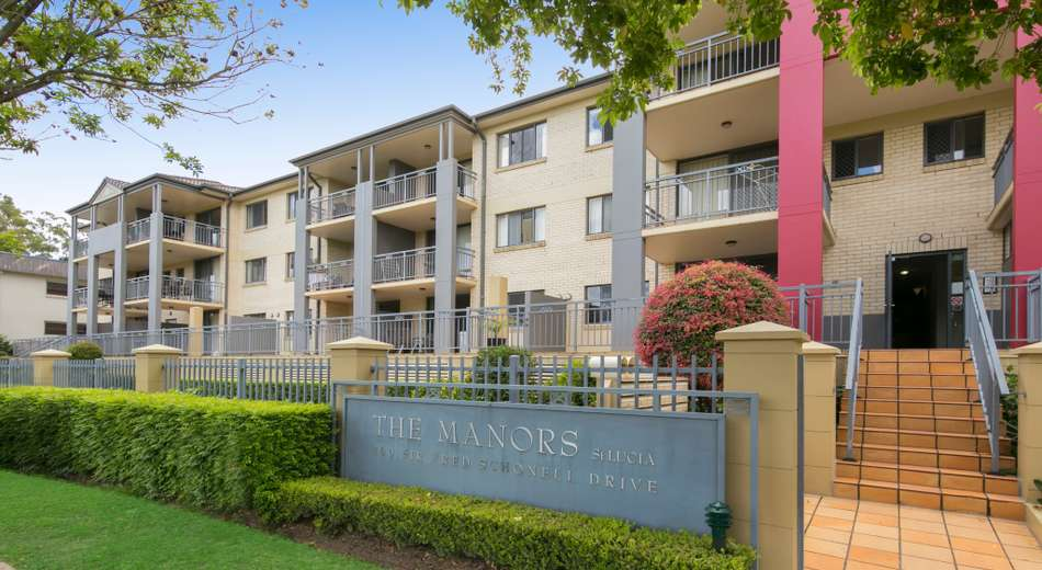 81/300 Sir Fred Schonell Drive