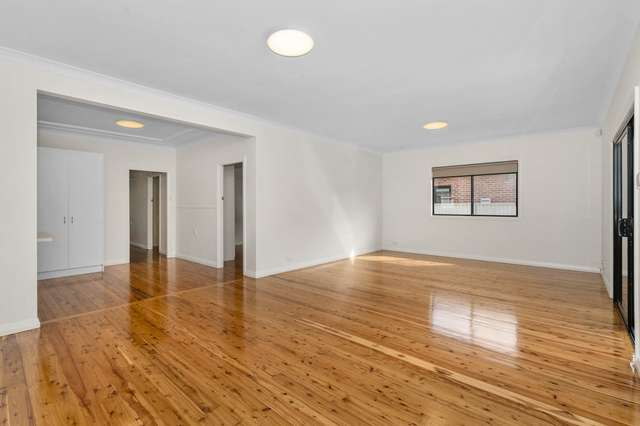 79 Macquarie Street, Chifley NSW 2036