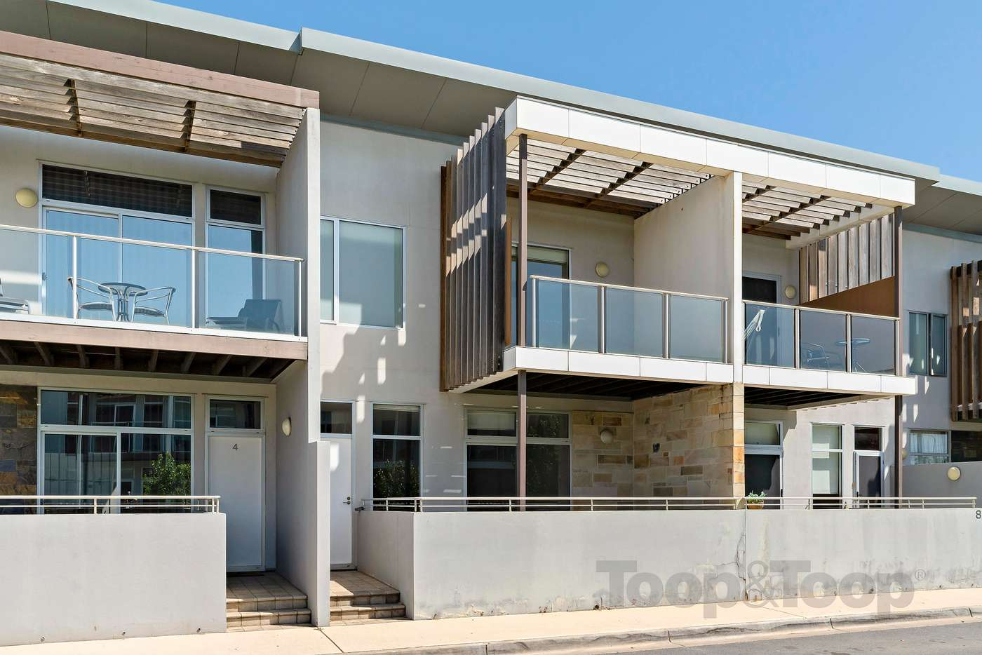 Main view of Homely townhouse listing, 6 Kudlyo Close, New Port SA 5015