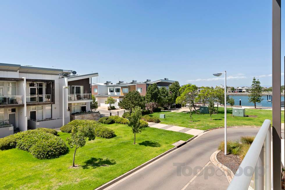 Second view of Homely townhouse listing, 6 Kudlyo Close, New Port SA 5015