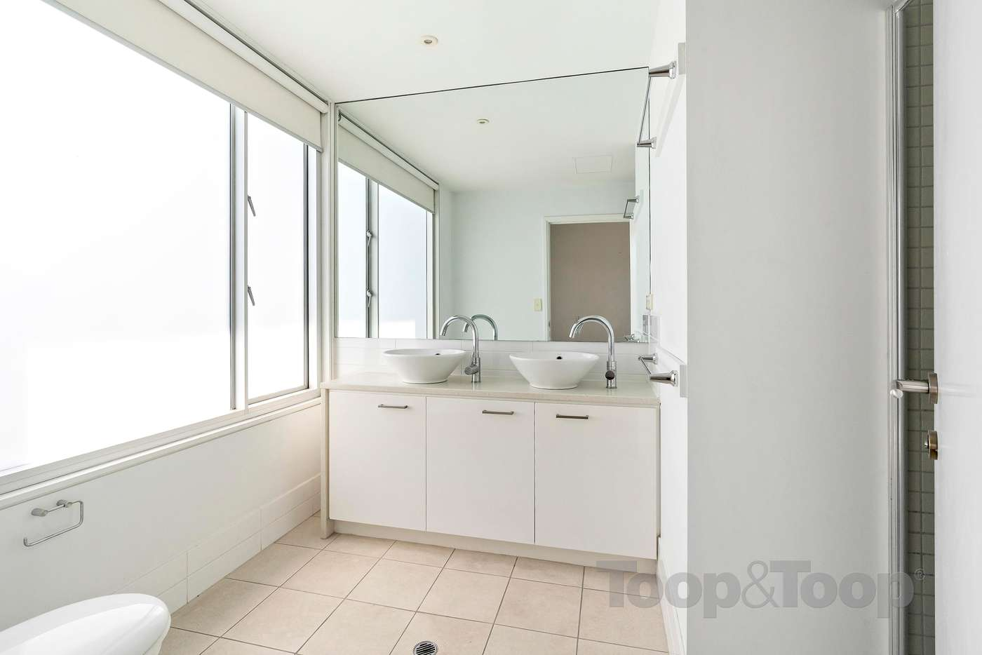 Seventh view of Homely townhouse listing, 6 Kudlyo Close, New Port SA 5015