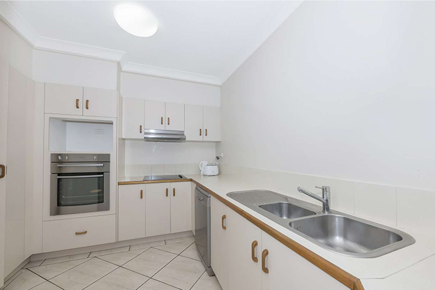 Sixth view of Homely apartment listing, 1A/7 The Strand, North Ward QLD 4810