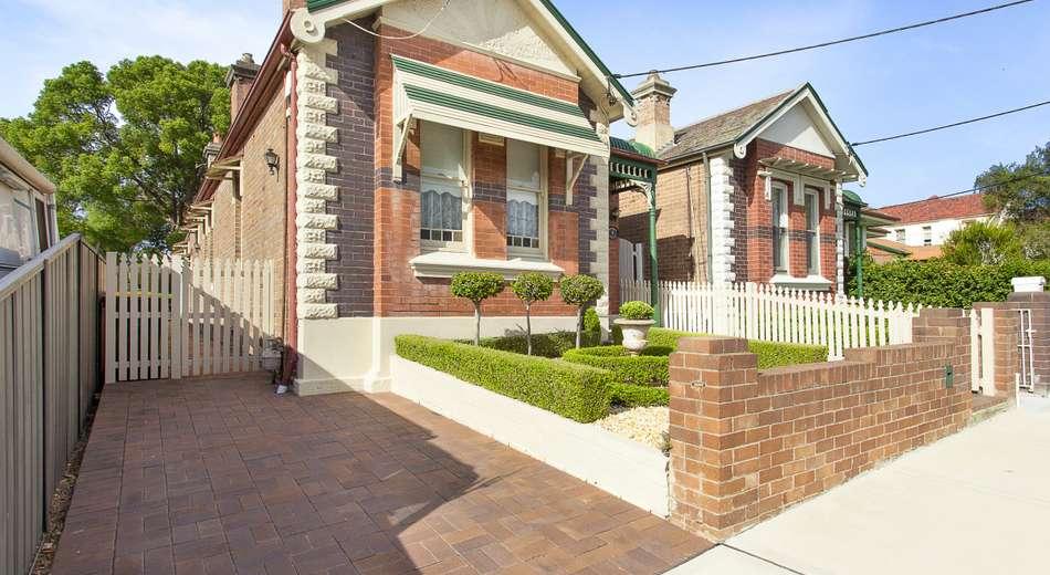 4 Wyalong Street, Burwood NSW 2134