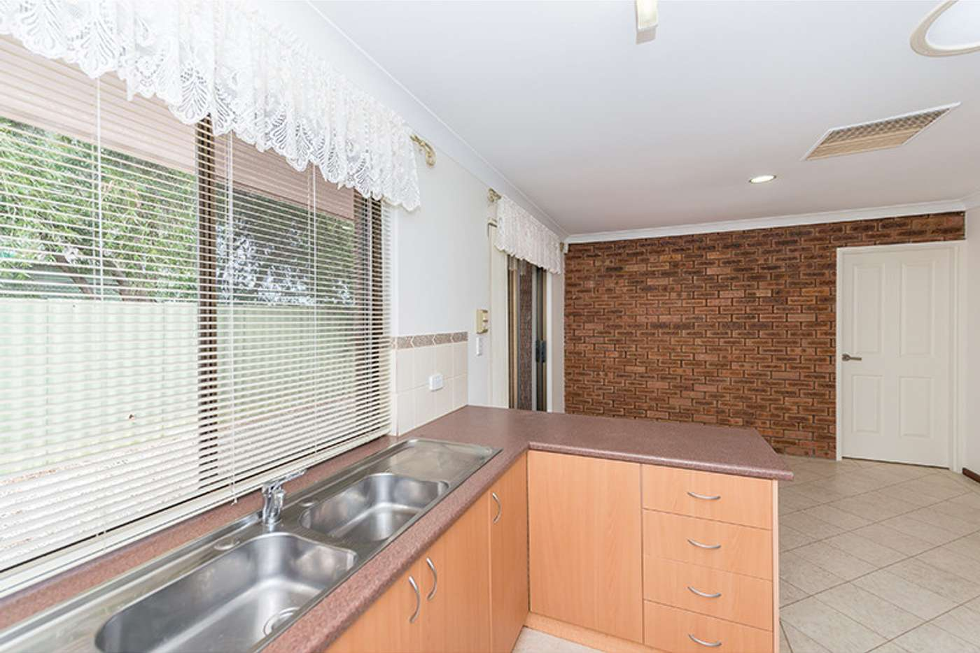 Sixth view of Homely unit listing, 48 Davesia Mews, Ferndale WA 6148