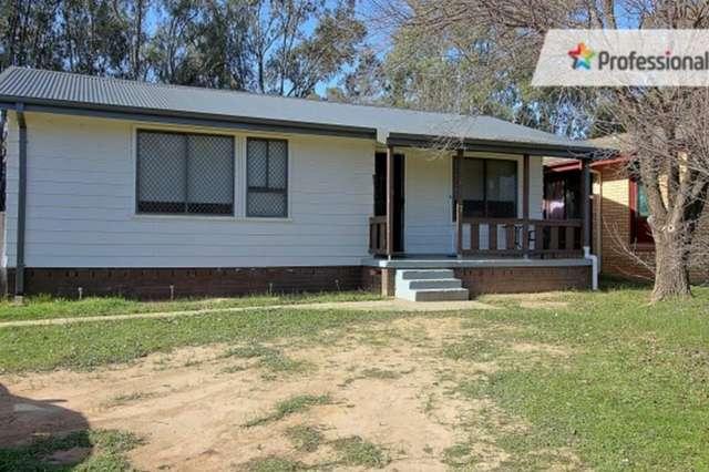 7 Warren Place, Mount Austin NSW 2650
