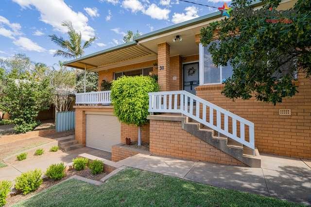 30 Waranga Avenue, Mount Austin NSW 2650