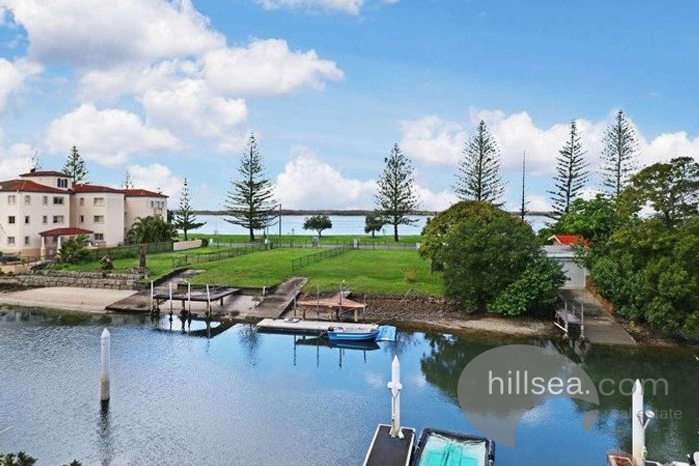 Main view of Homely unit listing, 13/9-13 Madang Crescent, Runaway Bay QLD 4216