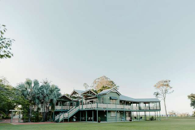 1587 Nudgee Road, Nudgee Beach QLD 4014