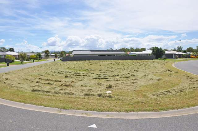 11 Amaroo Drive, Mareeba QLD 4880