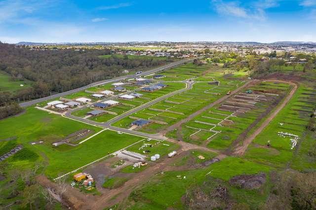 Santana Park, Cotswold Hills QLD 4350