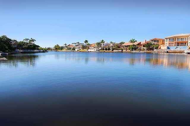 48 Barrier Reef Drive, Mermaid Waters QLD 4218