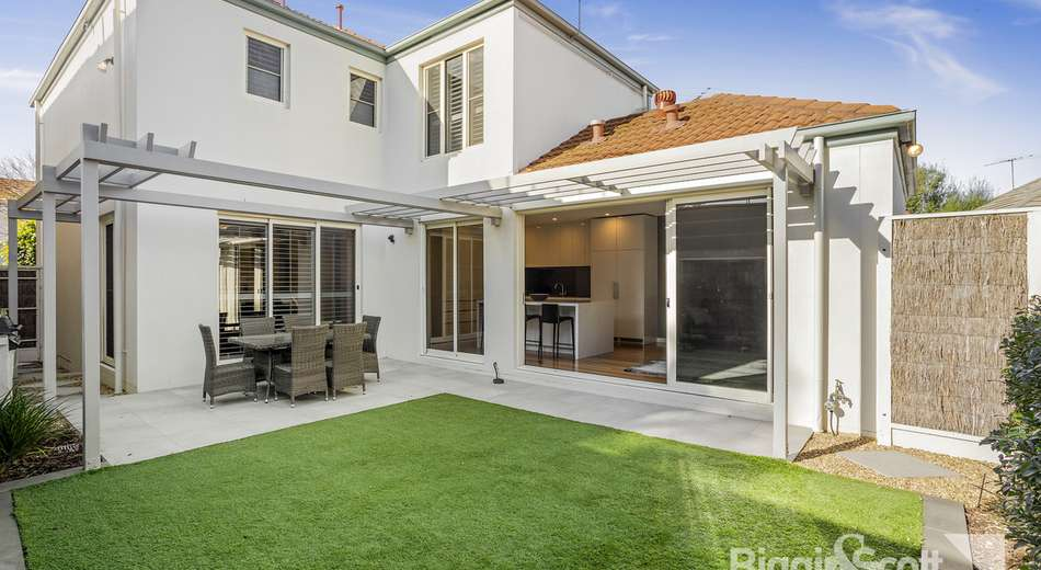 17 The Cove, Port Melbourne VIC 3207