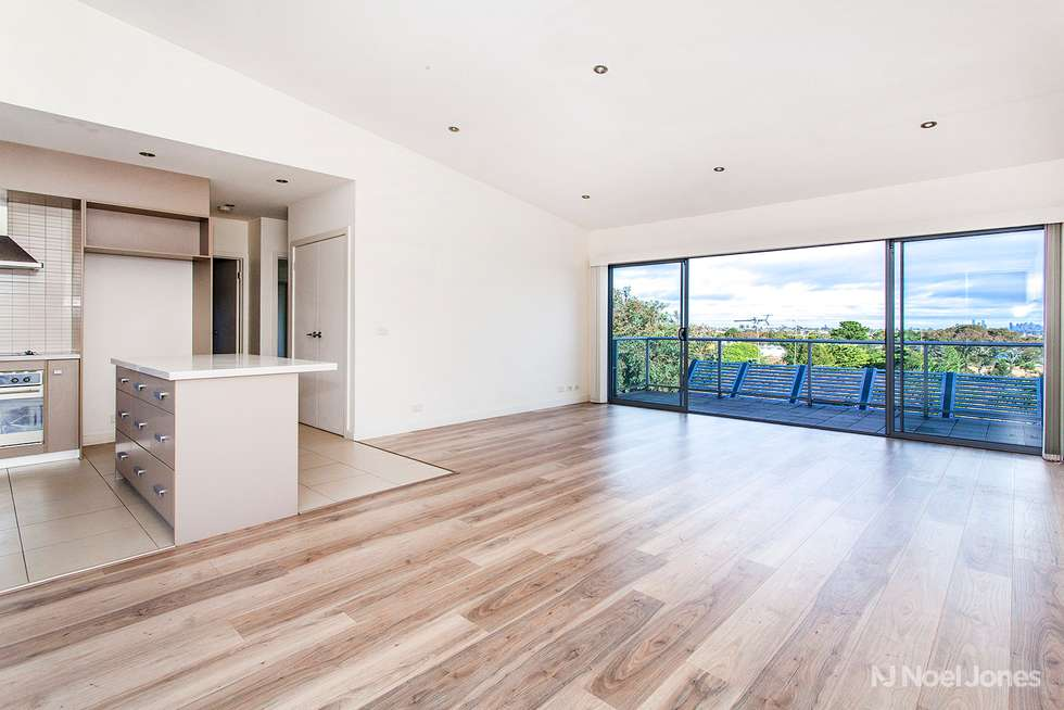 Second view of Homely townhouse listing, 5/3 Carnarvon Street, Doncaster VIC 3108