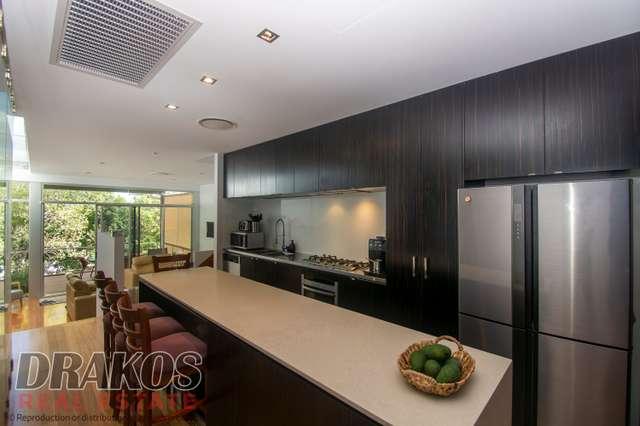 4/165 Dornoch Terrace, Highgate Hill QLD 4101