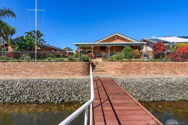 9 Simbai Street, Runaway Bay QLD 4216