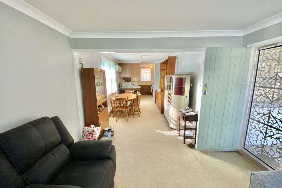 Third view of Homely house listing, 5 Tarakan Avenue, Ashmont NSW 2650