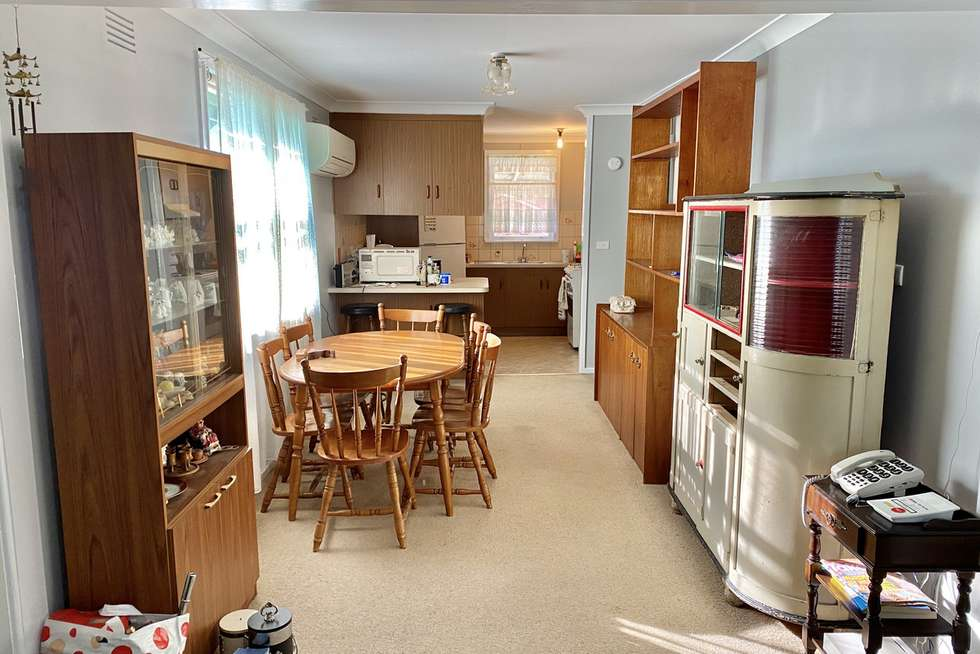 Fourth view of Homely house listing, 5 Tarakan Avenue, Ashmont NSW 2650