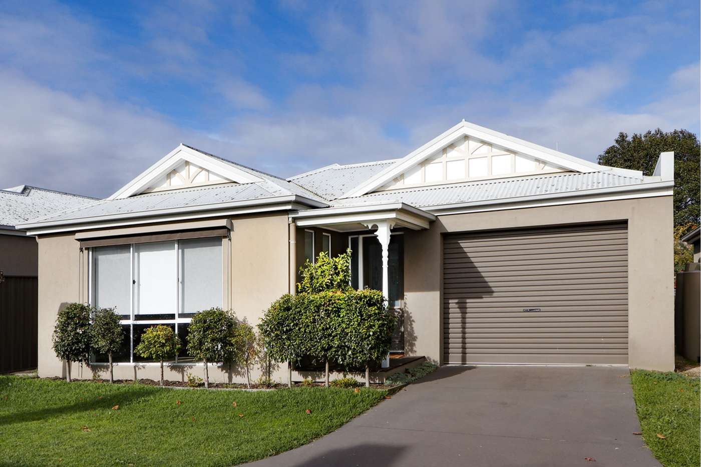 Main view of Homely townhouse listing, 2/460 Raymond Street, Sale VIC 3850