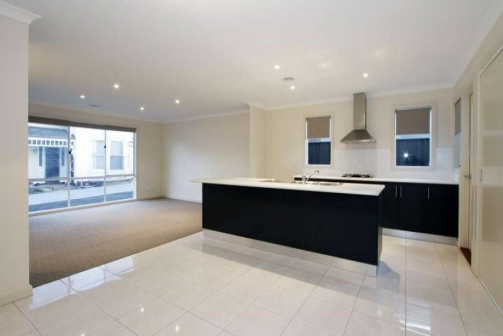 Third view of Homely townhouse listing, 2/460 Raymond Street, Sale VIC 3850