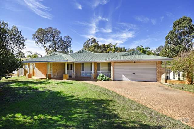 19 Muscat Terrace, The Vines WA 6069