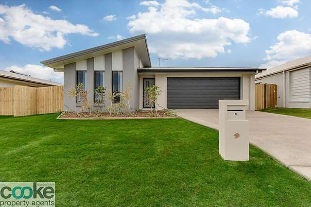 9 Masters Avenue, Norman Gardens QLD 4701