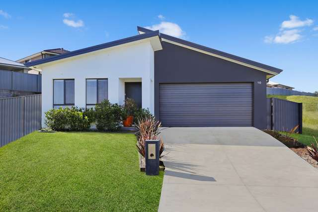10 Oaklawn Street, Currans Hill NSW 2567