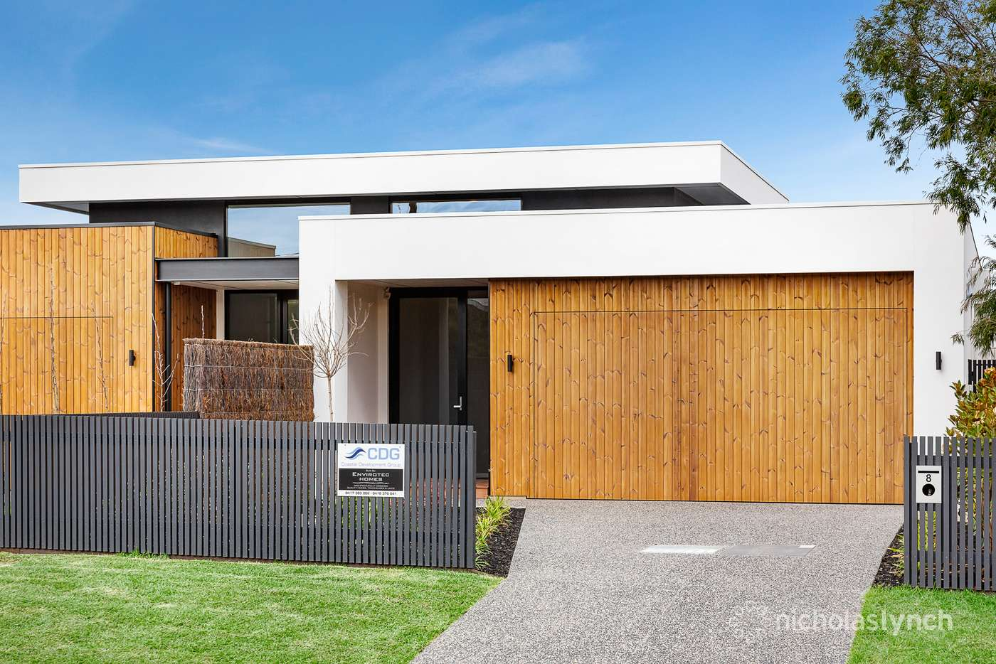 Main view of Homely house listing, 8 Carnoustie Grove, Mornington VIC 3931