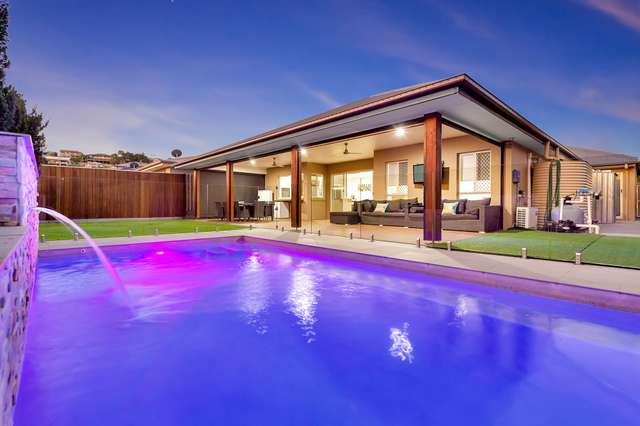 15 Ellenborough Avenue, Ormeau Hills QLD 4208