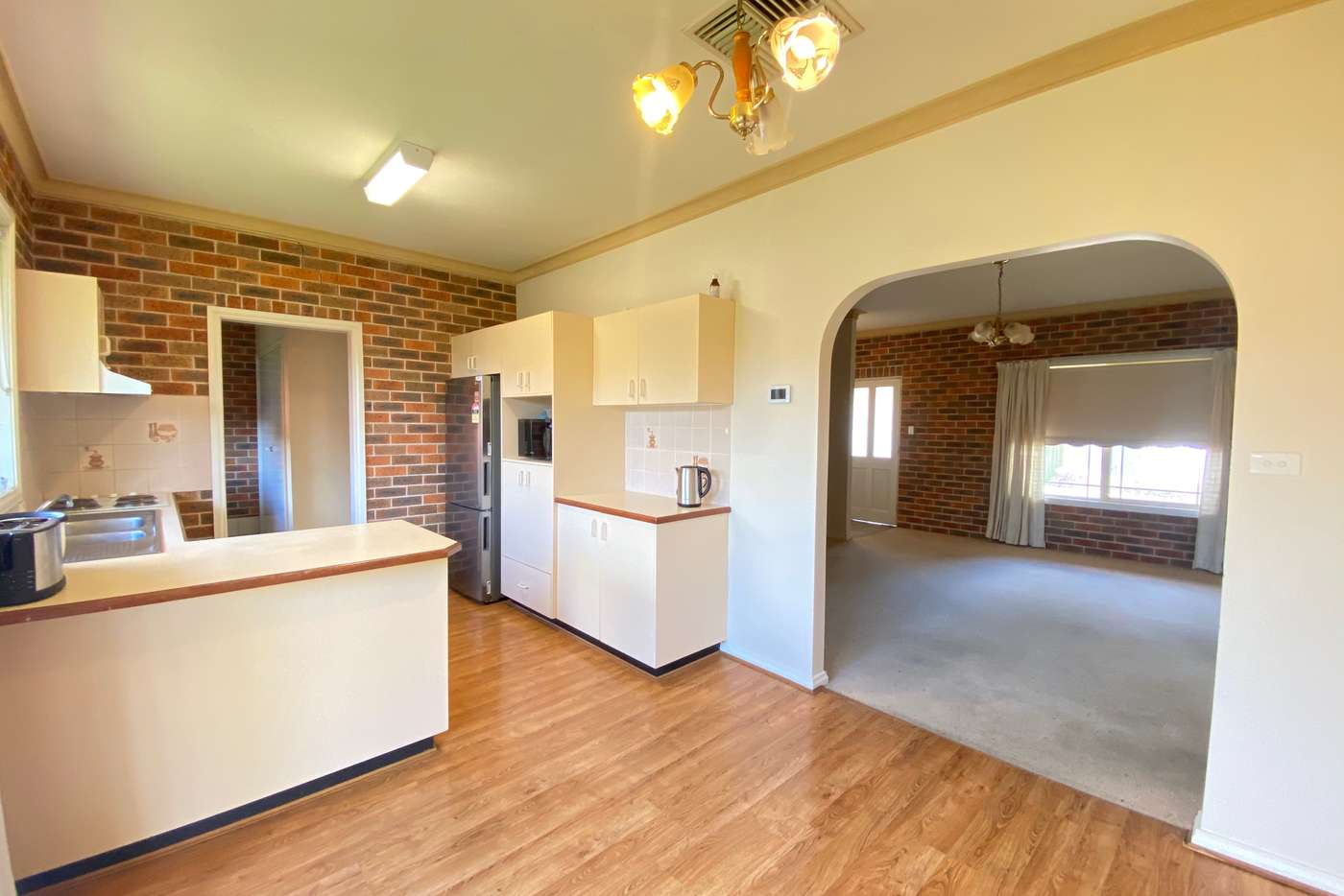 Sixth view of Homely unit listing, 2/76 Brookong Avenue, Wagga Wagga NSW 2650