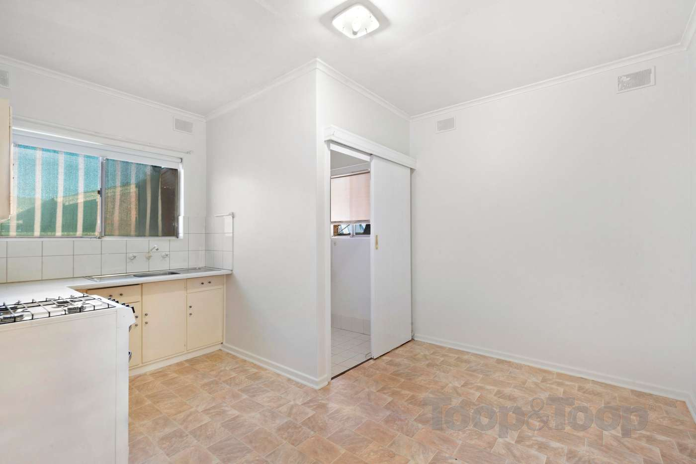 Fifth view of Homely unit listing, 1/8 Jervois Street, South Plympton SA 5038