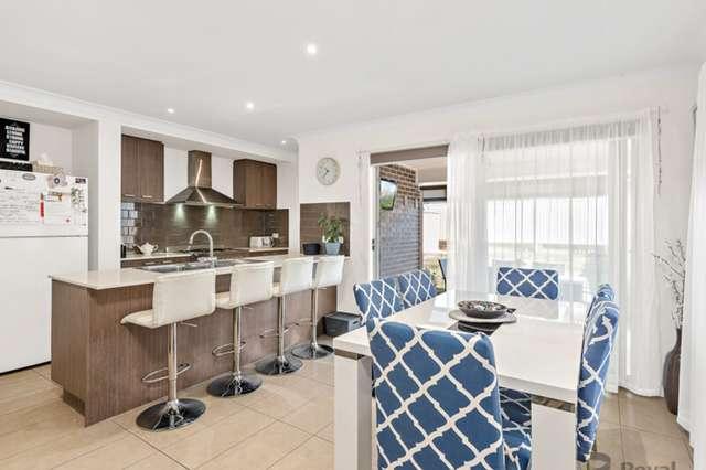 10 Koona Place, Hillcrest QLD 4118