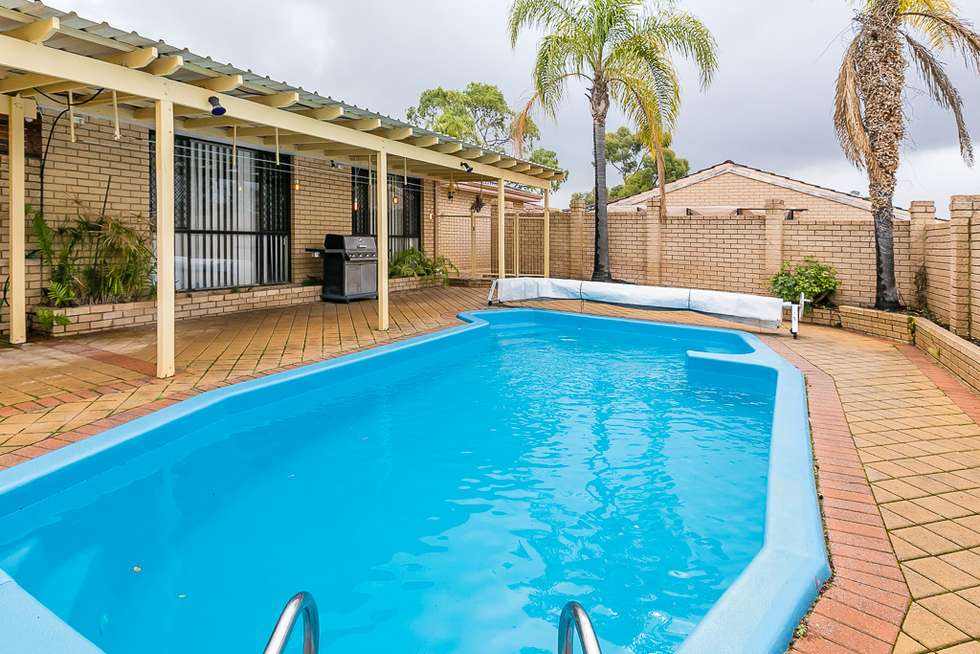 Second view of Homely house listing, 2 Melo Court, Heathridge WA 6027