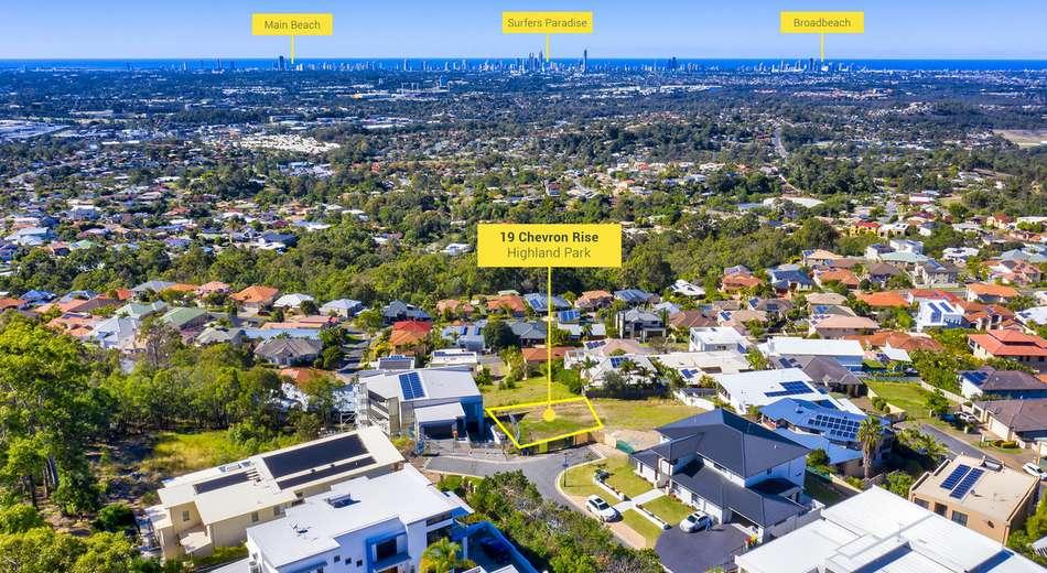 19 Chevron Rise, Highland Park QLD 4211