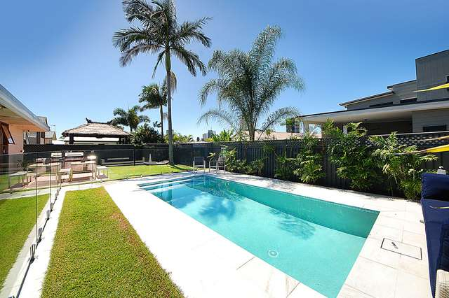 16 Eagle Avenue, Burleigh Waters QLD 4220