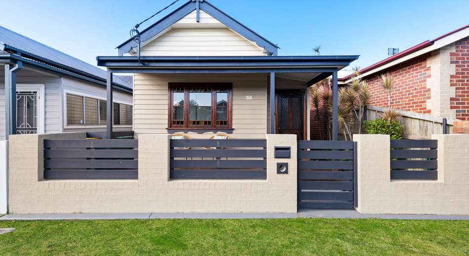 33 Holt Street, Mayfield East NSW 2304
