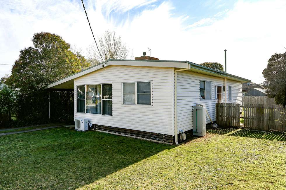 Second view of Homely house listing, 23 Overend Crescent, Sale VIC 3850