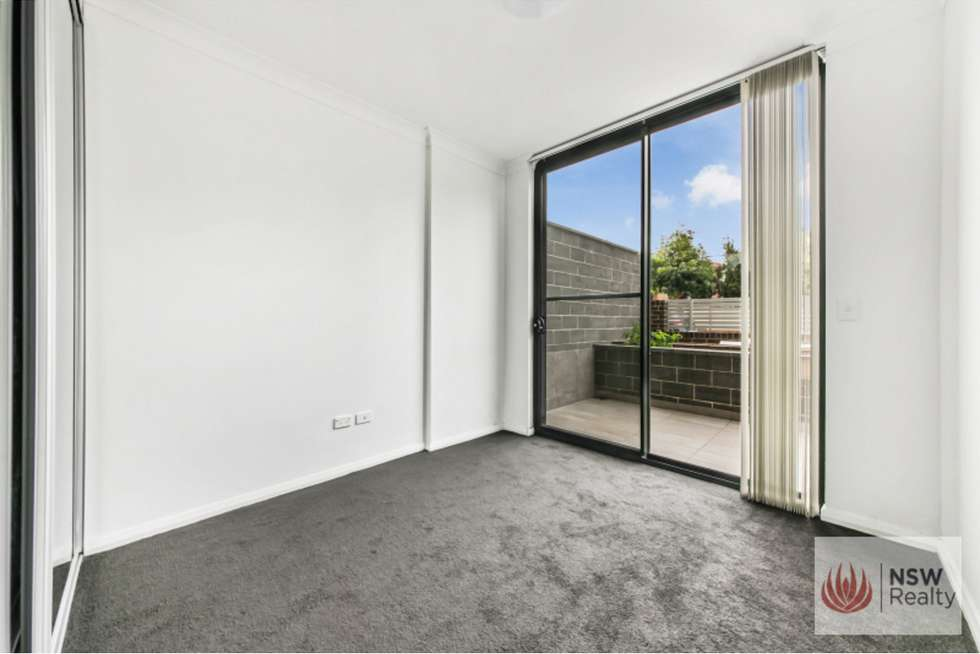 Fourth view of Homely apartment listing, 16/190-194 Burnett Street, Mays Hill NSW 2145