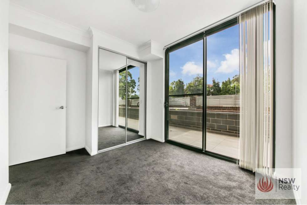 Fifth view of Homely apartment listing, 16/190-194 Burnett Street, Mays Hill NSW 2145