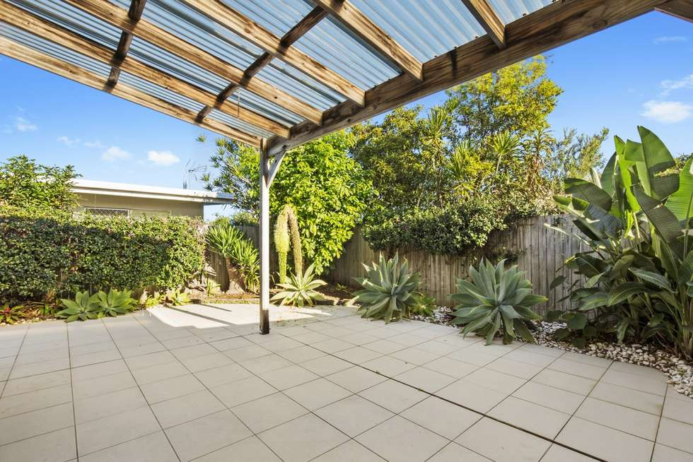 Second view of Homely semiDetached listing, 1/46 Albion Avenue, Miami QLD 4220