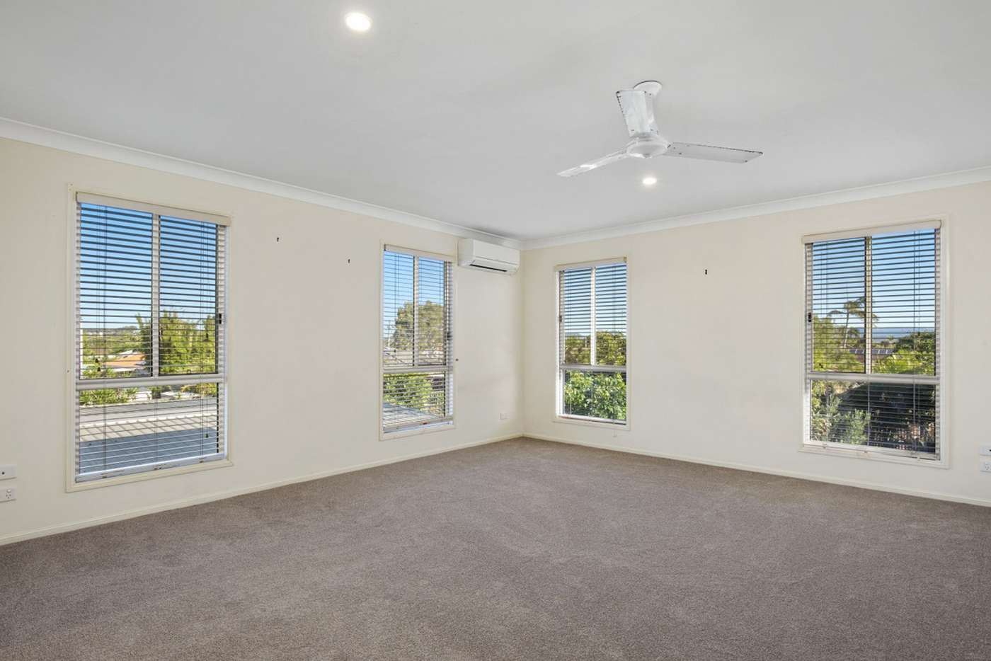 Fifth view of Homely semiDetached listing, 1/46 Albion Avenue, Miami QLD 4220
