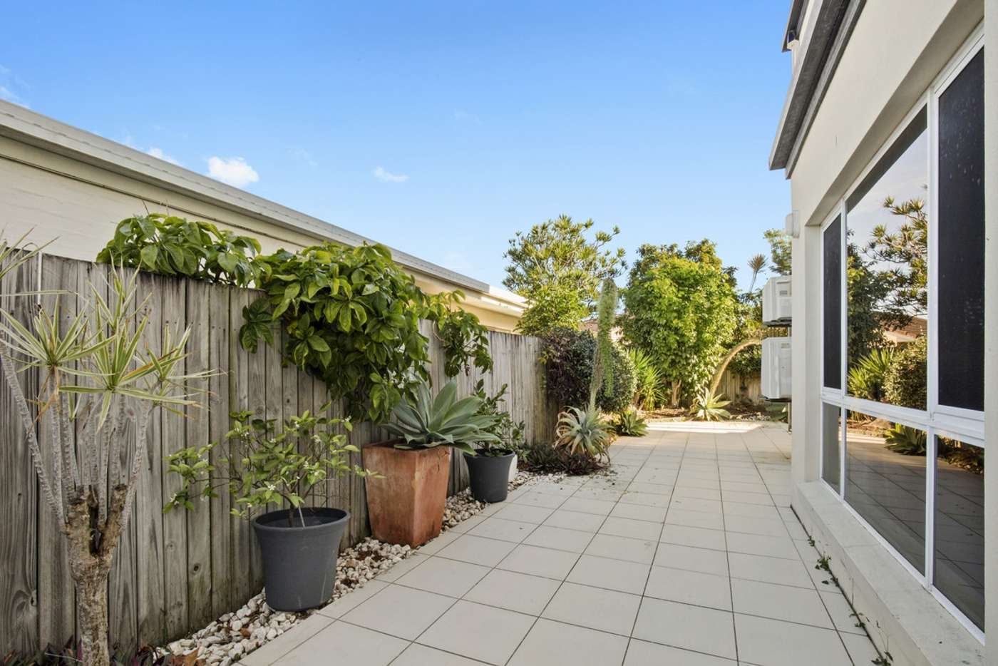 Sixth view of Homely semiDetached listing, 1/46 Albion Avenue, Miami QLD 4220