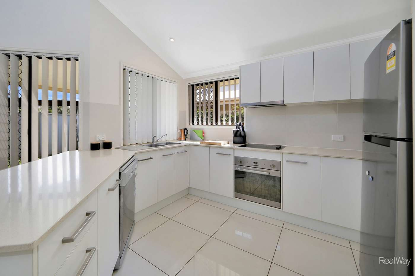 Sixth view of Homely unit listing, 3/179 Bargara Road, Kalkie QLD 4670