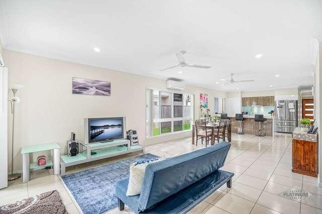52 Seaways Street, Trinity Beach QLD 4879