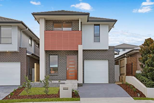 18a Hennings Way, Gledswood Hills NSW 2557