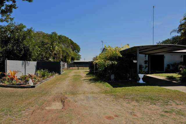 4 Salmon Street, Gracemere QLD 4702